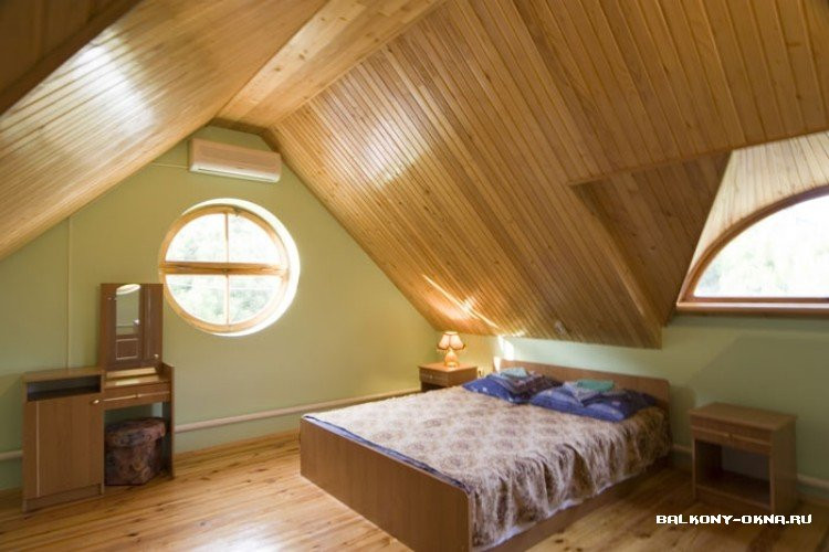 дизайн комнаты на мансардном этаже фото