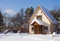 Что надо сделать на даче после зимы?