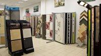 Продукция магазина с ассортиментом керамической плитки